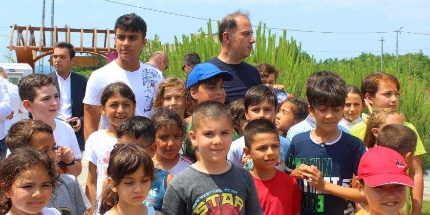 Baba Çocuk Kampı'nda babalar ödüllerini aldı
