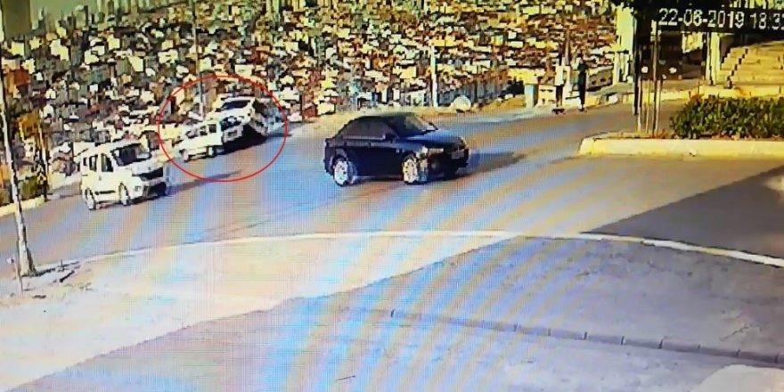 Esenyurt'ta polis memurunun ölümden döndüğü kaza kamerada