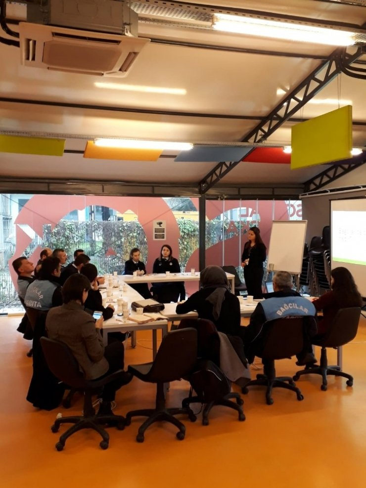 Bağcılar Belediyesinden 'Çocuk İşçiliğini Önleme' semineri