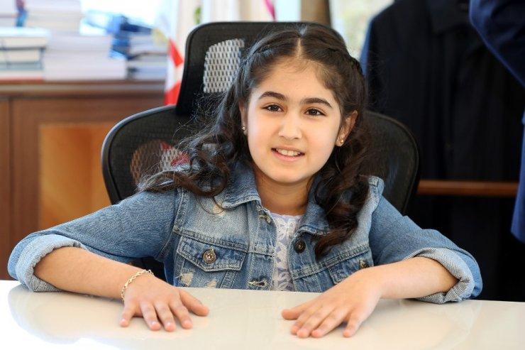 Ataşehir'in 23 Nisan'da çocuk belediye başkanı oldu