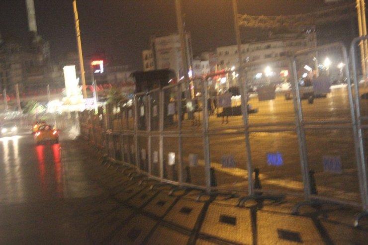 Taksim'de 1 Mayıs önlemleri sürüyor