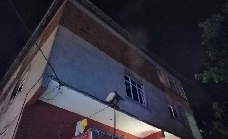 Ümraniye Dumlupınar Mahallesi'nde korkutan yangın