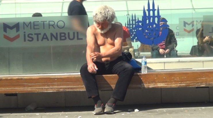 Kışın donmaktan kurtarıldı, Taksim'de güneş banyosu yaptı