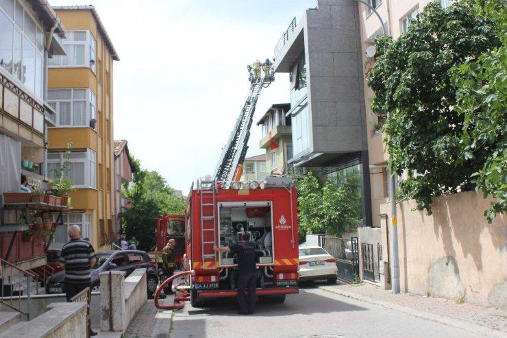 Kadıköy'de hastanede yangın paniği