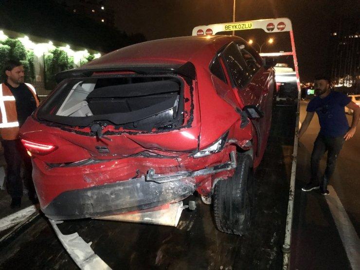 Kağıthane, Tem Otoyolunda Yaşanan İki Ayrı Kazada 9 Kişi Yaralandı