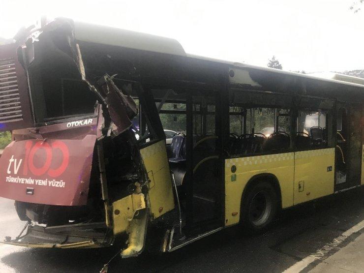 Sarıyer'de İETT Otobüsü, öndeki otobüse çarptı; 2 yaralı