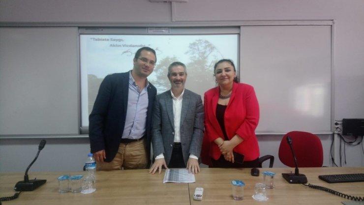 Kartal Belediyesi 'İklim Değişikliği ve Türkiye' paneline katıldı