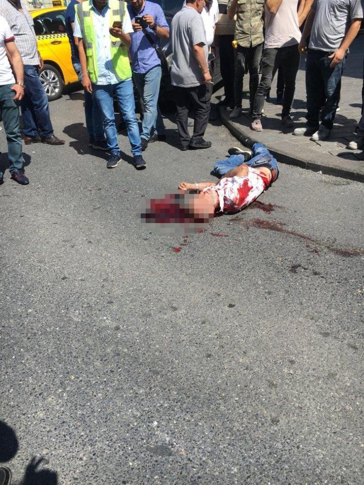 Fatih'te bir otelde silahlı kavga: 2 yaralı