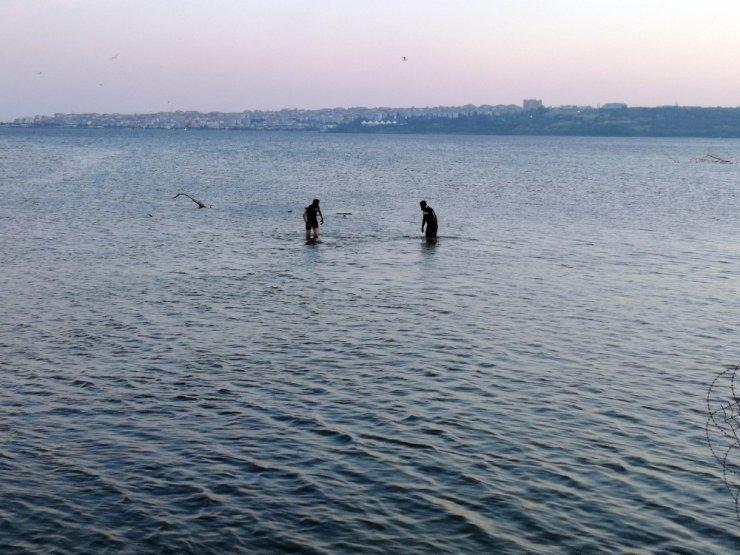 Küçükçekmece Gölü'ne Giren Bir Kişi Kayboldu
