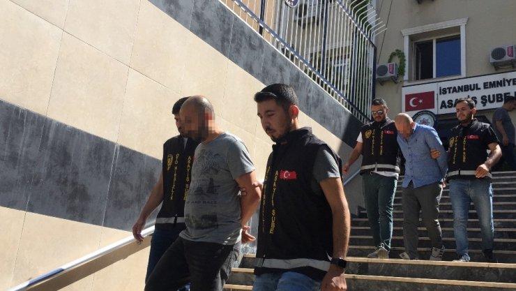 ESENYURT'TA POLİSLERİN DİKKATİ GASP ZANLILARINI YAKALATTI