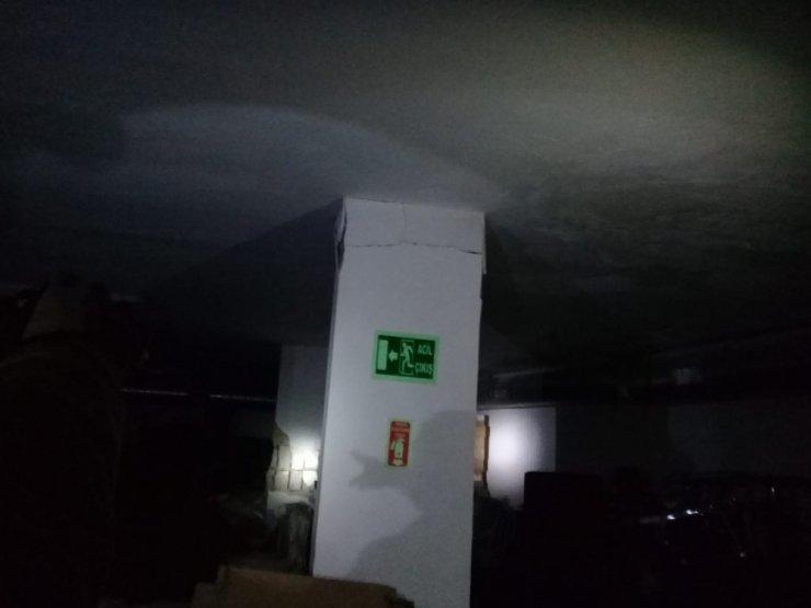 İki Ana Kolonu Patlayan 6 Katlı Bina Boşaltıldı
