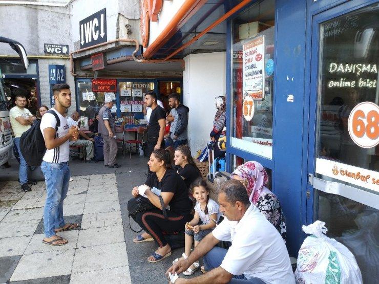 Otogarda tatil dönüşü yoğunluğu havadan görüntülendi