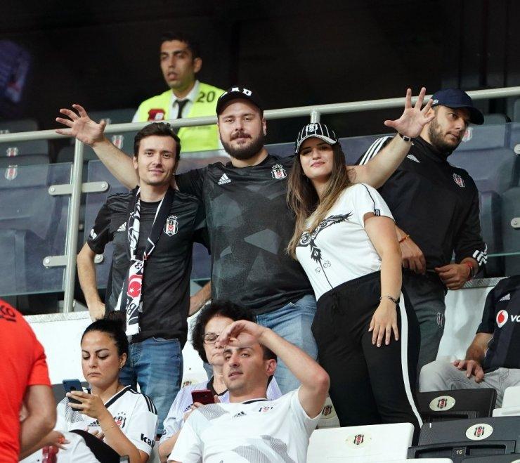 Süper Lig: Beşiktaş: 0 - Göztepe: 0 (Maç devam ediyor)