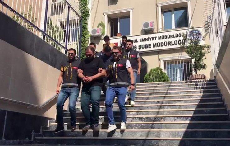 İstanbul'da çekici ile lüks otomobil çalan çete çökertildi
