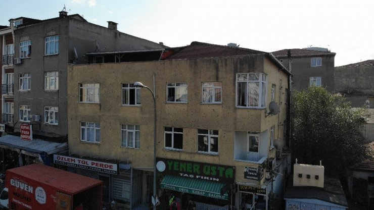 Ataşehir'de riskli bina tahliye ediliyor